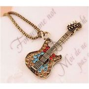 音楽好きにはたまらない!! ギターモチーフネックレス ペンダント ラインストーン FD-1060