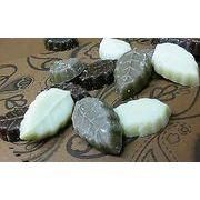 超ロングセラー♪珍しい木の葉型の3種チョコ【リーフメモリー】