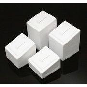 ≪定番!ロングセラー≫高級感+洗練された空間に【合皮指輪・リングホルダー】 白 セットアイテム