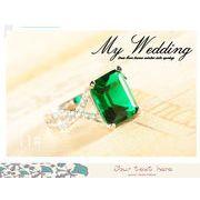 Q012378◆即納◆即納・豪華な緑のエメラルド925純銀リング・デザインジュエリー