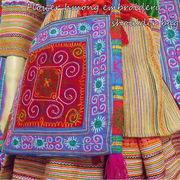 花モン族刺繍ショルダーバッグベトナム北部の少数民族「花モン族」のショルダーバッグ♪