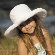 UVカット帽子 - キッズ ハット -  ビッグ ブリム リボン ハット ホワイト 55cm
