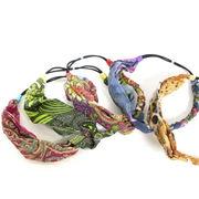 三つ編みプリントヘアバンド