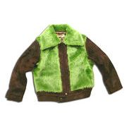 ファーが目立つ一風変わったジャケット(濠Du)110-150cm