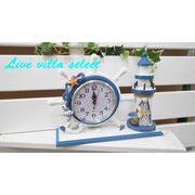 舵輪と灯台の時計