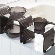 モダンな市松模様の浴用品 『チェッカー』 ブラウン色