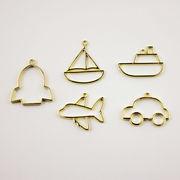 格安☆DIYハンドメイド金属チャーム◆パーツ材料手芸◆レジン枠◆空枠◆飛行機船車◆フレーム20枚