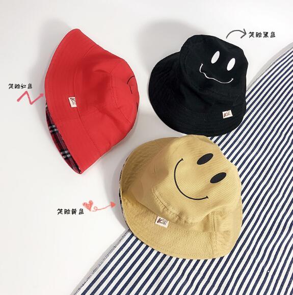 2019春夏新作 帽子 子供用 ダブルフェイス 笑顔 チェック柄 クロッシェ 2-5歳向け 通学 出掛け