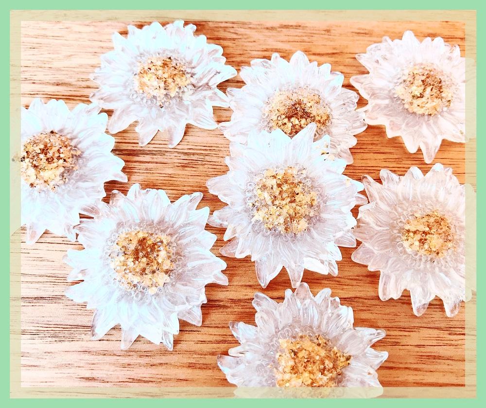 アクリルフラワーパーツ 大きめサイズの花パーツ 単価20円?