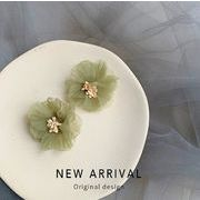 ピアス 花柄 シフォン レディースファッション 韓国 イアリング ミドリ ビンテージ 日系
