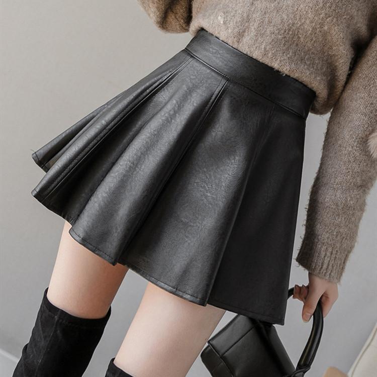 秋冬新作 フェイクレザー スカート 黒 ミニスカート