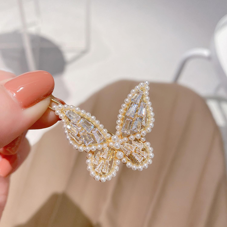 即納 国内検品発送 大人気 ヘアピン ヘアクリップ ジルコニア パール ゴールドメッキ 可愛い蝶々