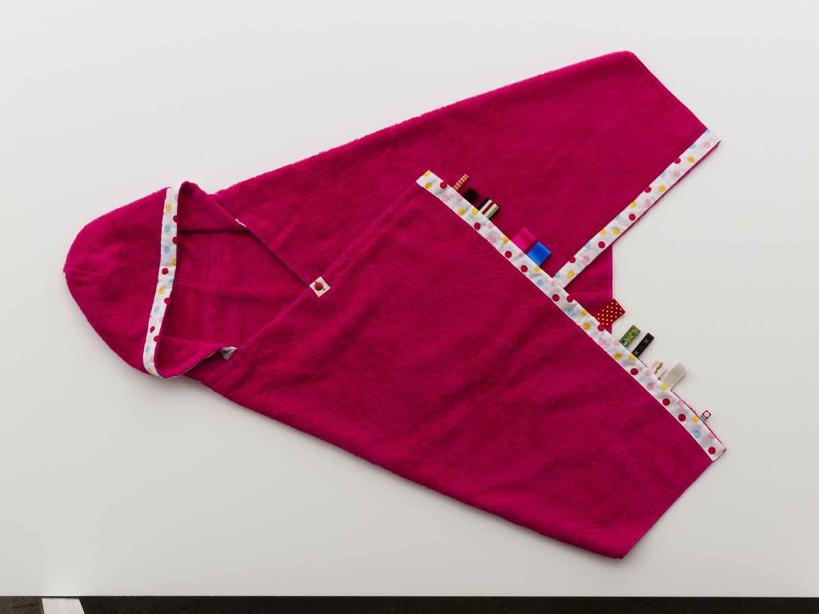 にぎにぎフード付きバスタオル ピンク