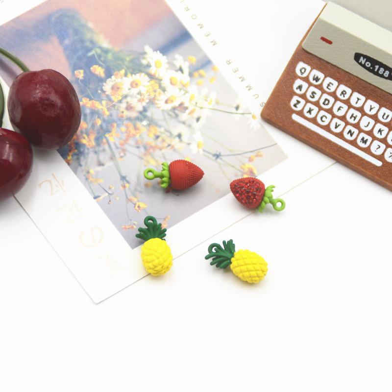 エポチャーム 立体イチゴ 金属 メタル いちご ハンドメイド 手作り 果物モチーフ アクセサリーパーツ
