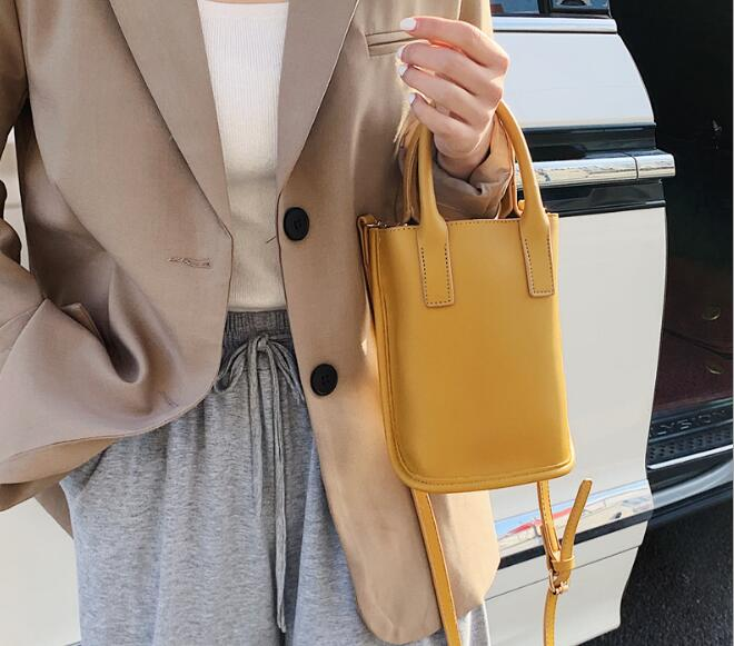 レディース 鞄 フェイクレザー ショルダーバッグ 斜めがけバッグ 4色 シンプル