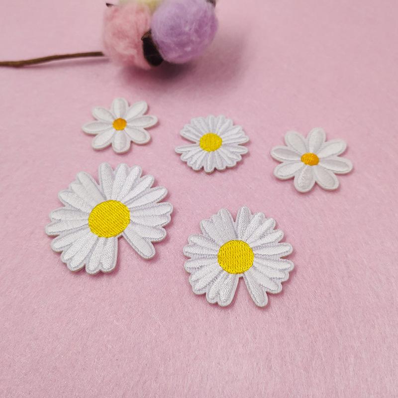 可愛い 花 フラワー 刺繍 アップリケ ワッペン アイロンで貼り付け 縫い付け 手作り アクセサリーパーツ