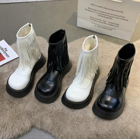 秋冬  レディース  靴  出かけ カジュアル シューズ  ショートブーツ 厚底 フリンジ
